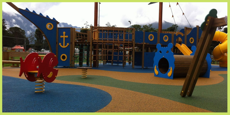 Parco giochi con nave